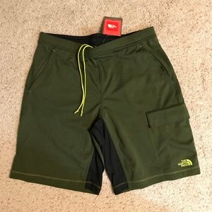 North Face Mens MED Ampere Core Shorts NWT